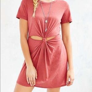 i joah Dresses - knotted t shirt dress burgundy short sleeve